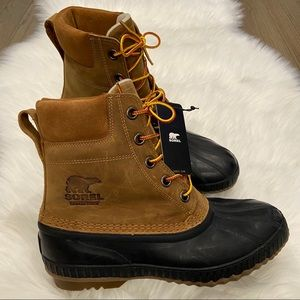 NEW Cheyanne II Lace Duck Boot